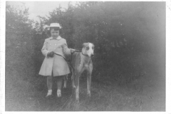 olive_child_and_dog_001